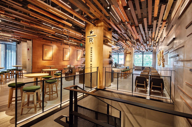 Starbucks opens more stores, not to make your picture so simple