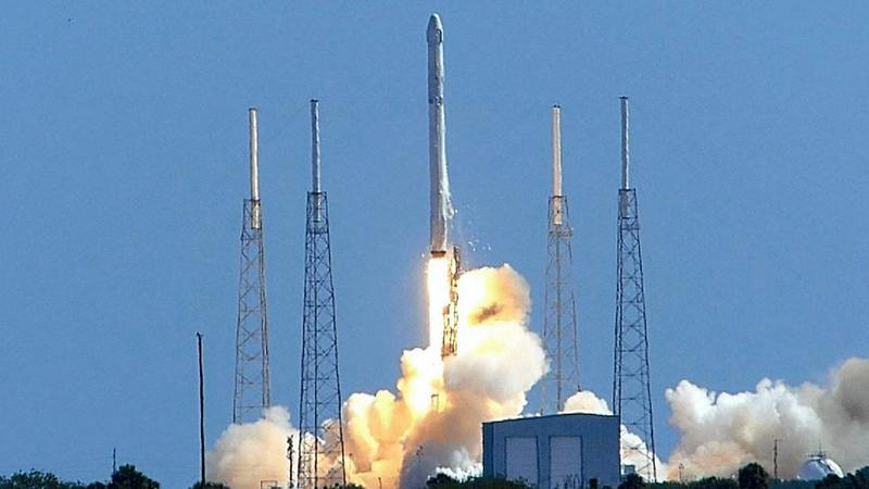 To raise the third repeat use of falcon 9 rocket, the satellite into orbit